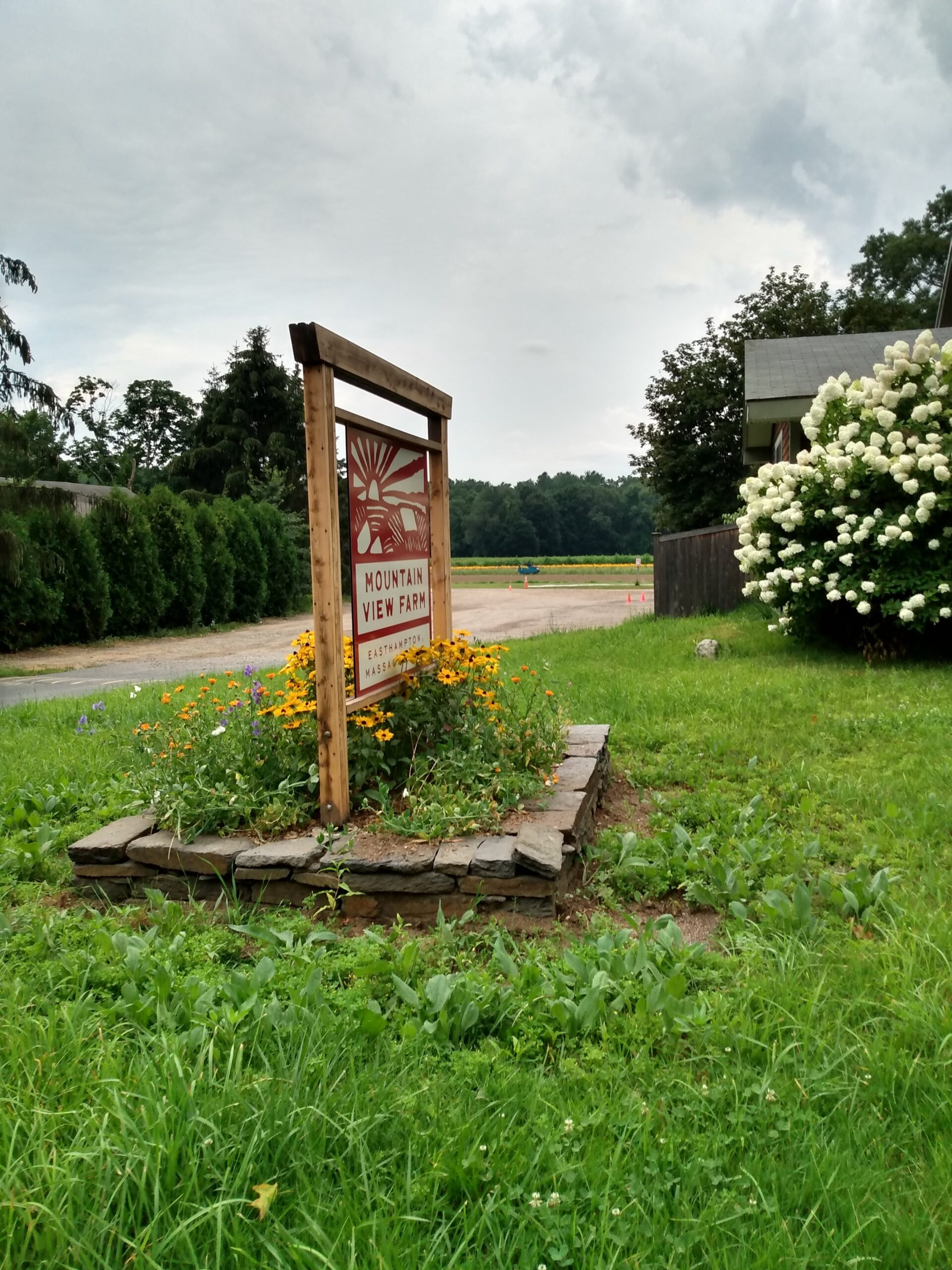 Sign for Mountain View Farm